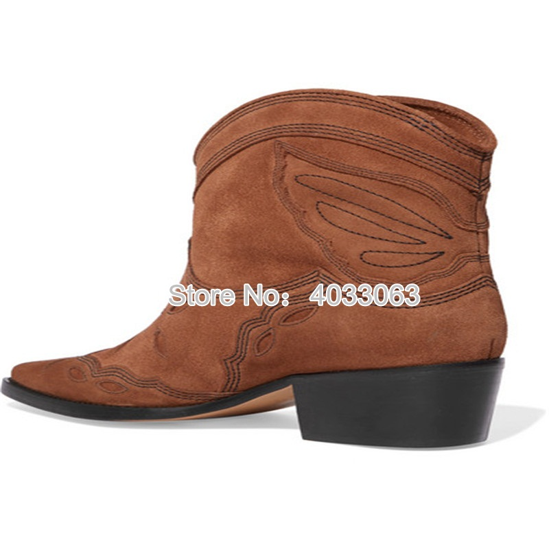 Las nuevas botas de vaquero Vintage para mujer de cuero de gamuza bordadas botas de tobillo marrón tacones bajos deslizantes en barcos occidentales Sapato femenino - 4