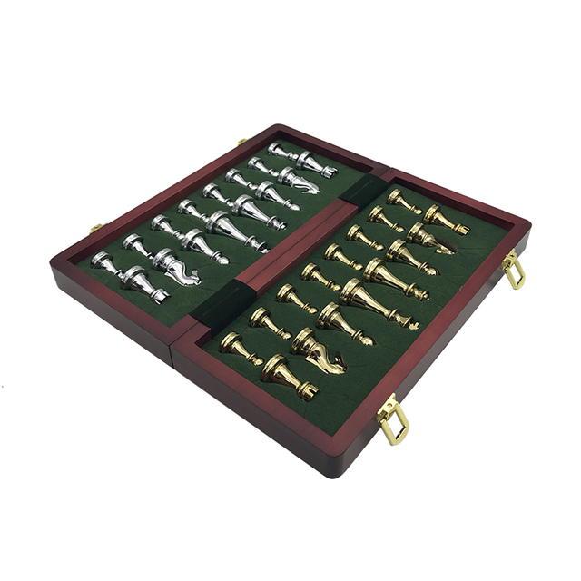 jeu d'échec pliant en métal rétro-moderne de haute qualité 1