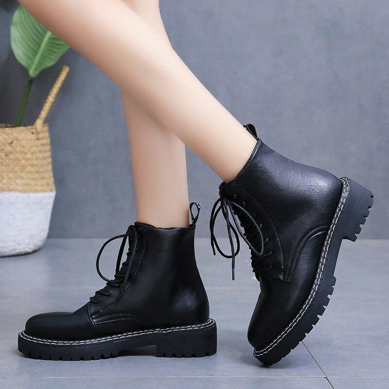 2019 yeni stil sonbahar ve kış Yang Mi ünlü stil ayakkabı Martin çizmeler tıknaz topuk kısa çizmeler kadın İngiliz stil kalın title=
