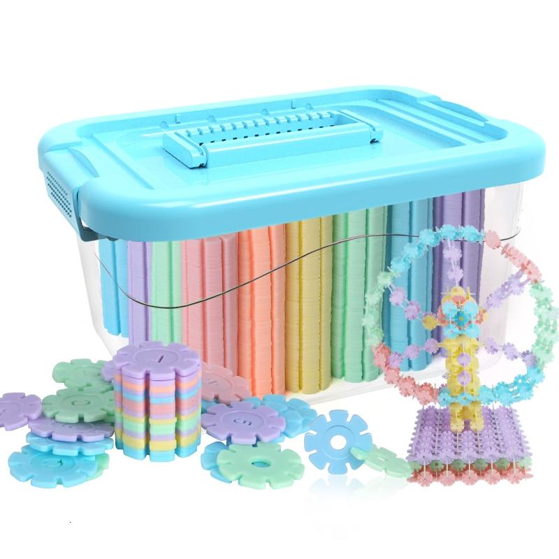 New Arrival Multi Color Snowflake Building Blocks Educational Christmas Toys For Children Bricks DIY Assembling Classic Toys