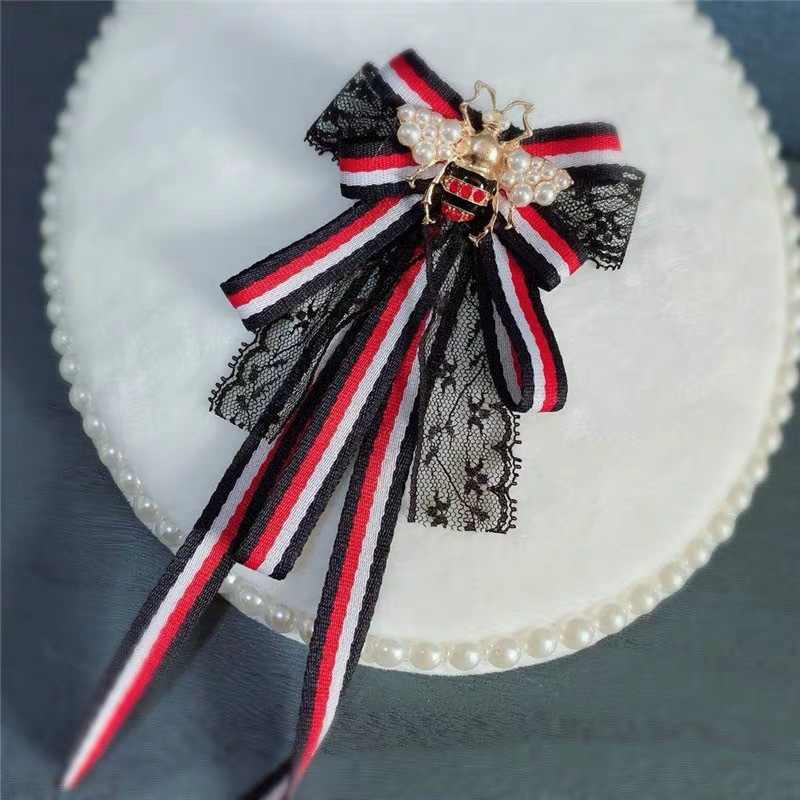 แฟชั่นสไตล์เกาหลีใหม่สีเขียวสีแดงสีฟ้าริบบิ้นลูกไม้โบว์ Tie เข็มกลัด Bee Collar Bowties ลายเข็มกลัด Pin Pin ผู้หญิงอุปกรณ์เสริม