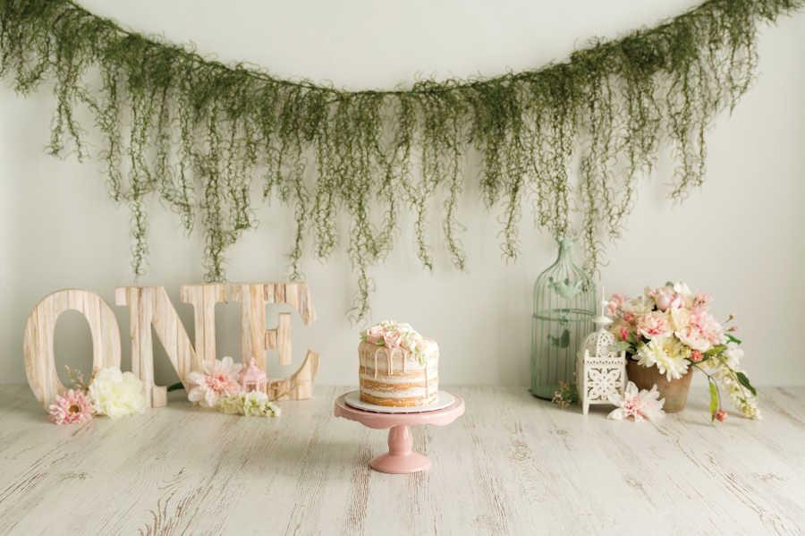 Laeacco 해피 베이비의 1 생일 파티 꽃 랜턴 나무 바닥 화환 초상화 사진 배경 사진 배경
