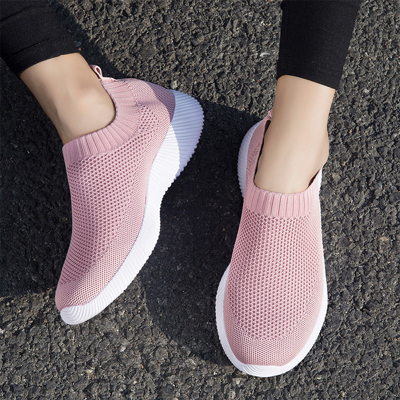 Women White Sneakers Female Knitted Vulcanized Shoes Casual Slip On Flats Ladies Sock Sneakers Spring Autumn Tenis Feminino 2019