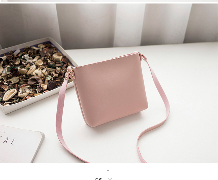 Bags for Women 2020 New Simple Women handbags Messenger Bag Retro Casual Small Fresh Small Square Bag Wholesale