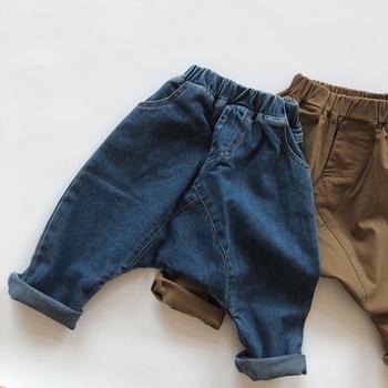 Koreański styl Boys Baby dziewczyny kowbojskie spodnie dla dzieci dorywczo spodnie z elastycznym paskiem odzież dziecięca jesień Boys Baby Girls Jeans tanie i dobre opinie campure Damsko-męskie COTTON POLIESTER 7-12m 13-24m 25-36m 4-6y CN (pochodzenie) Wiosna i jesień Proste Drapowana Pełna długość