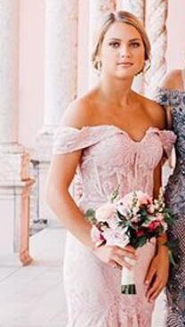 Pink Lace Mermaid Bridesmaids Dresses Off the Shoulder Sleeveless Vintage Wedding Party Maid of Honor Gowns with Sweep Train