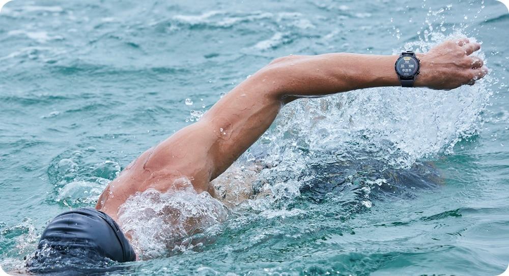 huawei-watch-gt2-outdoor_swiming