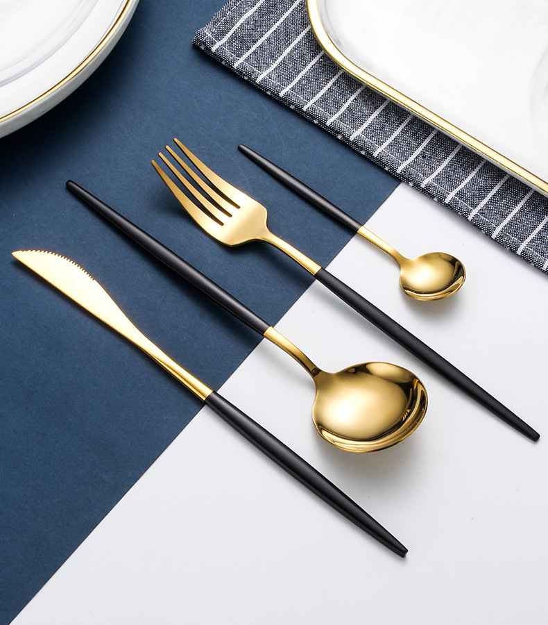 24Pcs/Set Black Gold Cutlery Set Upscale Home Tableware Set 304 Stainless Steel Dinnerware Set Knife Fork Spoon Dinner Service
