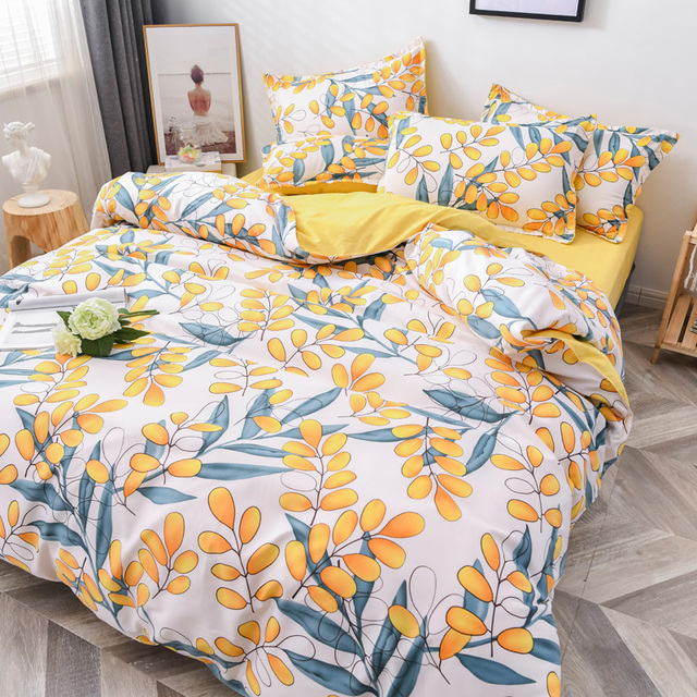 Classic Bedding Set Yellow Floral