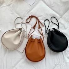 2020 new product personality design fashion black temperament portable diagonal bag