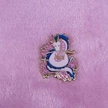 Broche de dragón Haku de Anime, insignia de Pin de Amigo, joyería que puede que lo haya usado, pero nunca te ha ido a casa.
