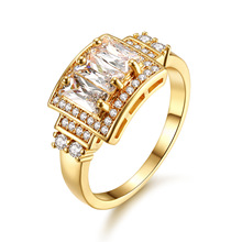 Exquisite Women's Gold Crystal Zircon Ring Square Princess Ring European Engagement Wedding Ring Charming Noble Jewelry noble 2 minute charming smile trainer