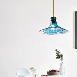 Postmodernistyczny LED żyrandol do salonu światła szklany płatek lampa wisząca nordycki kreatywny Loft restauracja dekoracja sypialni oprawy oświetleniowe w Wiszące lampki od Lampy i oświetlenie na