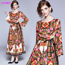 2019 autumn and winter new European American wind totem retro positioning printing long-sleeved waist tie large swing dress