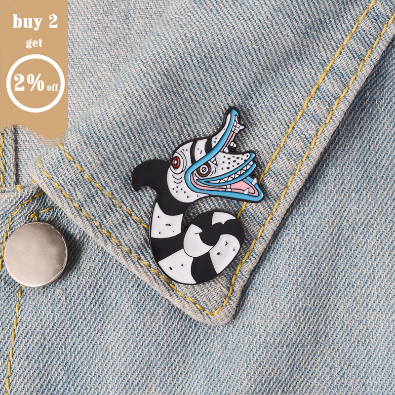 Brooch and Pin Beelejuice Cat Death Heart Balloon Game Turntable Console Gamepad Food box Enamel Pin Badge Brooch Collection 2