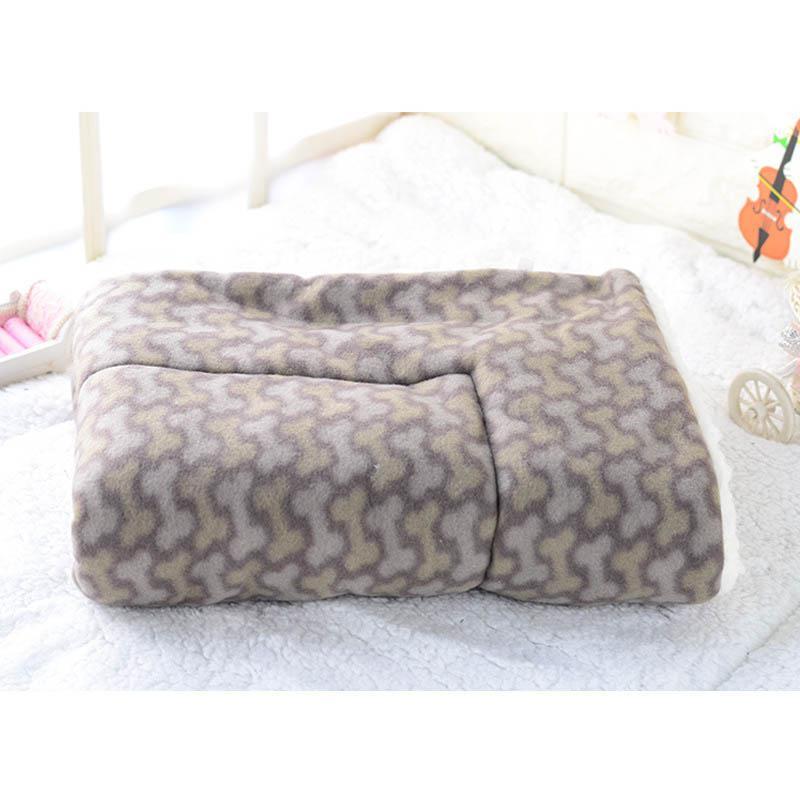 Winter Warm Pet Dog Soft Cushion Large Print Flannel Cotton Mattress Cat Pet Mat Bed Pad Rug Cartoon Printed Cat And Dog Pad 18