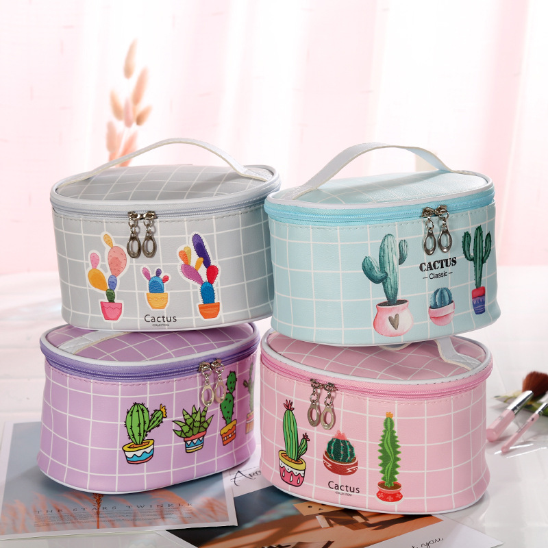 Cactus Professional cosmetic bag new fashion women make up casual cases travel Organizer makeup box beauty