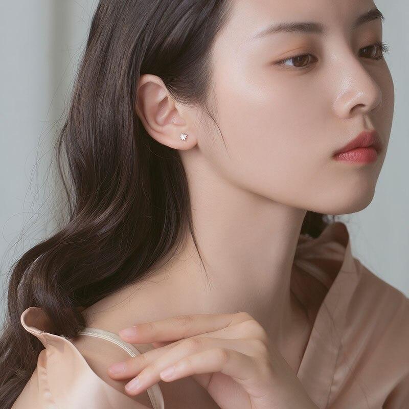 925 Sterling Silver Korean Simple Star Stud Earrings Women Light Luxury Compact Girlfriends Party Jewelry Friendship Gift