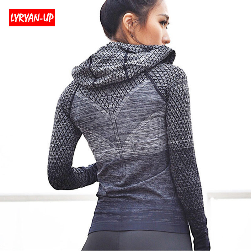 2019 Sports Outerwear Yoga Coat Girl Sport Jerseys Yoga Sets Women Fitness Coats Running Sports Jacket Tops