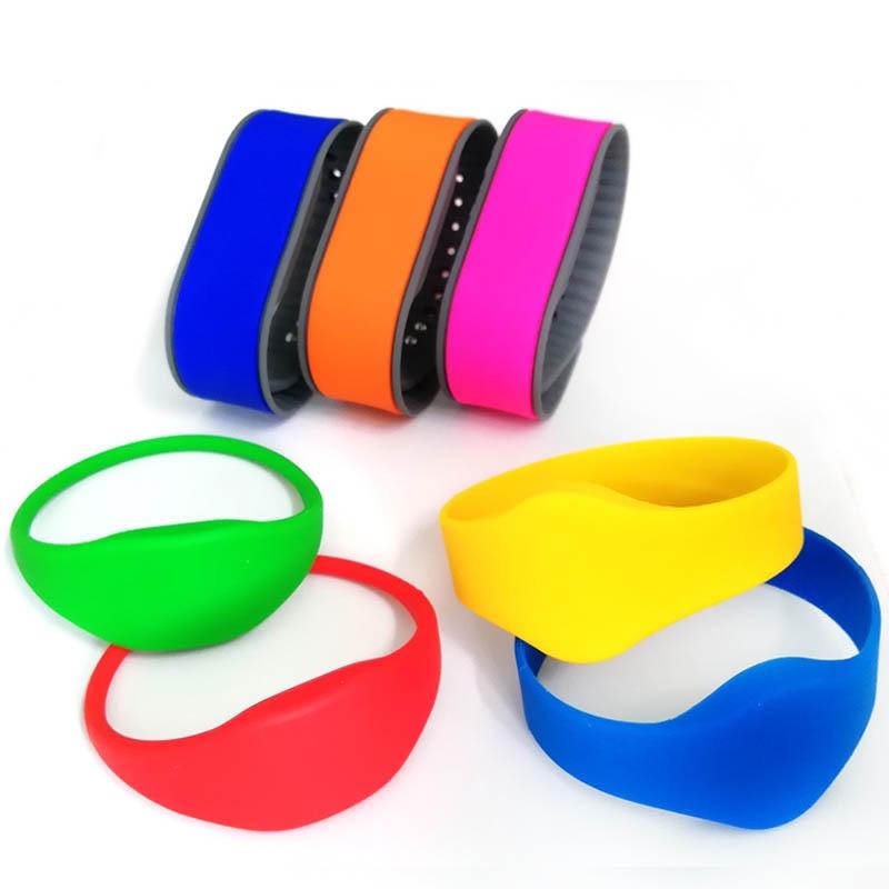 125Khz EM4100 Read Only RFID Silicone Wristband 18000-2 Protocol