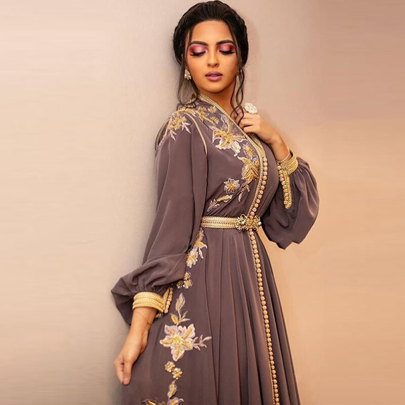 Moroccan Kaftan Evening Dresses 2020 Gold Appliques Prom Dress Chiffon Long Sleeve Brown Dubai Arabic Muslim Party Gowns