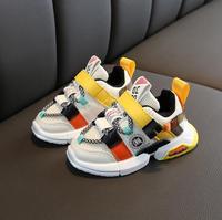 Wiosna jesień dziecko obuwie chłopcy dziewczęta sportowe buty do biegania oddychające dziecięce trampki dziecko jednolite płótno buty buty dla małego dziecka w Trampki od Matka i dzieci na