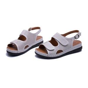 Image 2 - AIMEIGAO בתוספת גודל מזדמן נשים סנדלי נעלי דירות נוחות עקבים נעליים לנשימה חיצוני נמוך העקב נוחות נעלי 2019 חדש