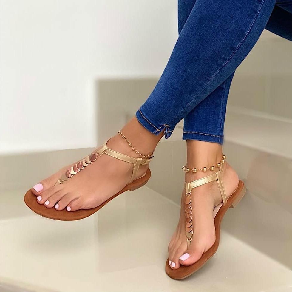 Solid Buckle Flip Flops Sandals