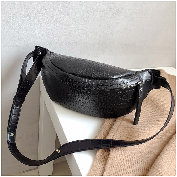 2019 Always Trendy Crocodile Pattern Leather Waist Bum Bag Fashion Korea Ladies Fanny Pack For Women