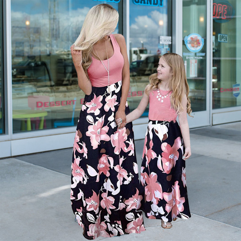 2021 Family Matching Maxi Dress Mom And Me Daughter Summer Patchwork Floral Long Dress For Women Clothes Mother Baby Girl Outfit 4
