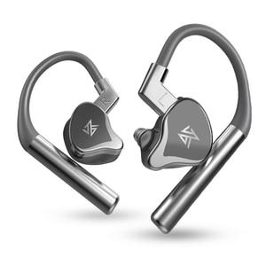 Image 4 - KZ E10 TWS Wireless Touch Control Bluetooth 5.0 Earphones 1DD+4BA Hybrid Earbuds Headset Sport Noise Cancelling Bass Headphones