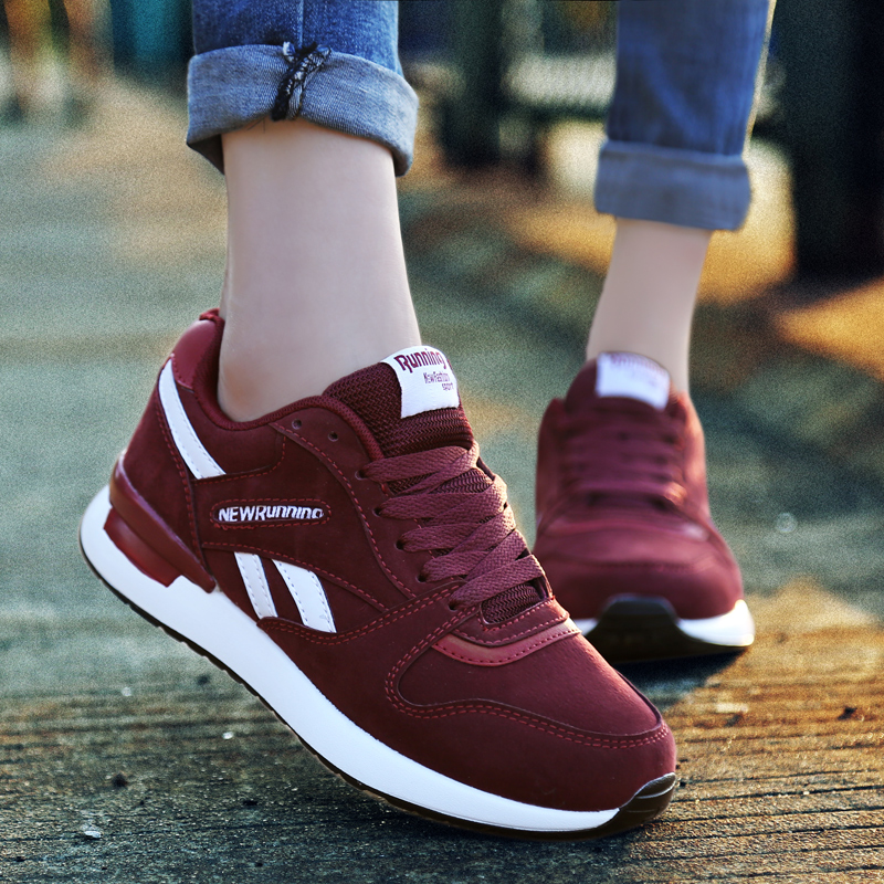 Women Breathable Running Shoes High Quality Air Mesh Sneakers Light Comfortable Sports Shoes Men Walking Flats Shoes Max Size 44