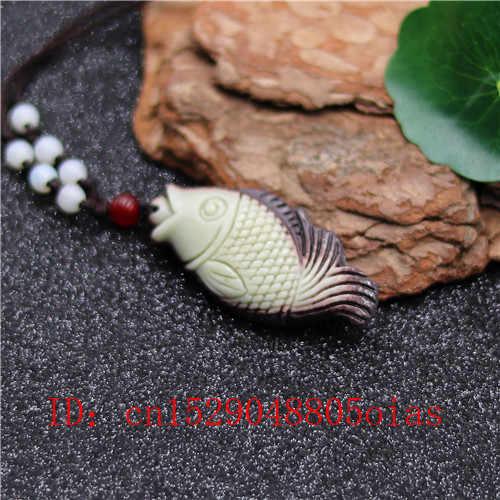 Natural de Duas Cores Jade Chinês Carpa Peixe Pingente de Colar de Charme Jóias Esculpido Amuleto Presentes Acessórios de Moda para Mulheres Homens