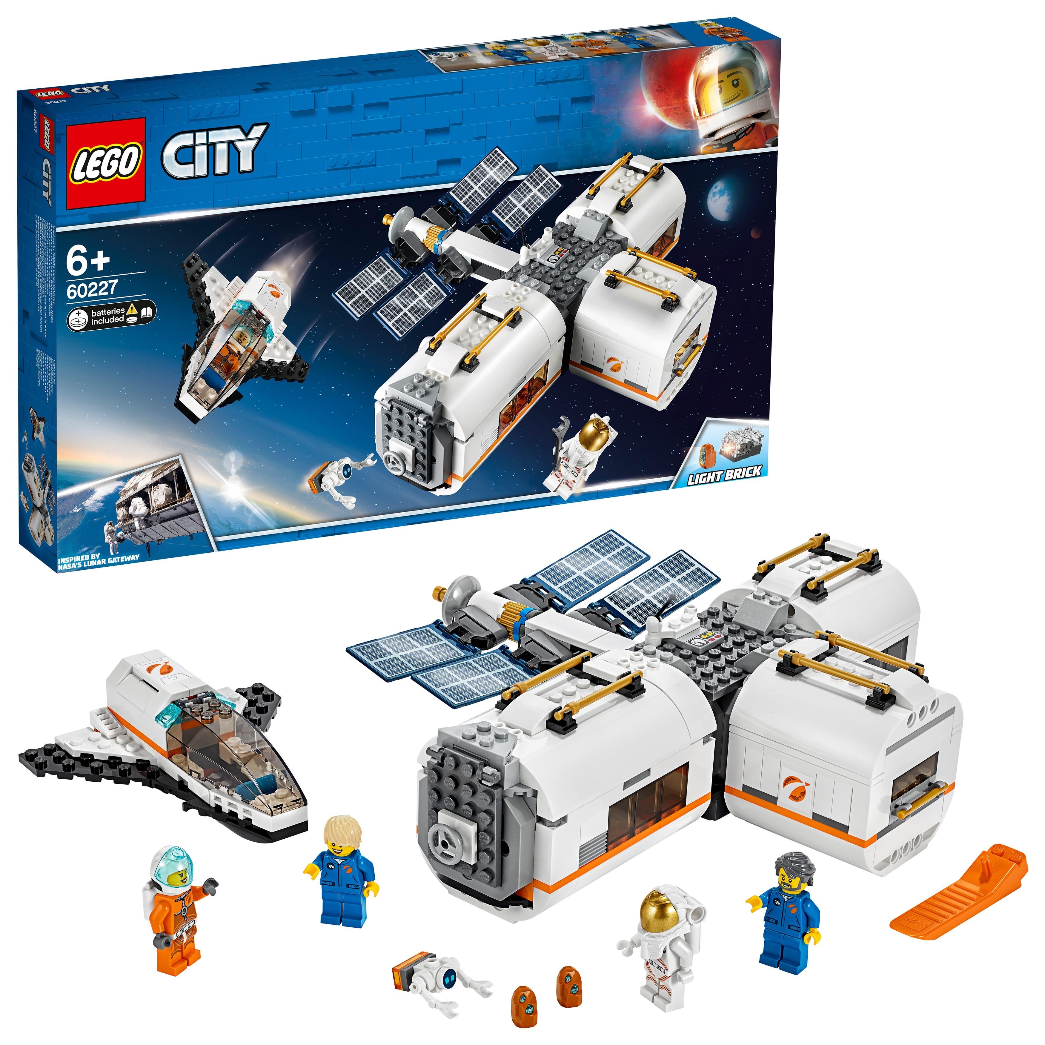 Designer Lego City 60227 Moon Space Station