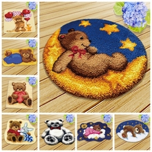 Bear Latch Hook Kits Diy Klink Haak Kleed Bloemen Button Cushion Animals Needlework Mat Kit Almofadas Kussen Bloem 3D