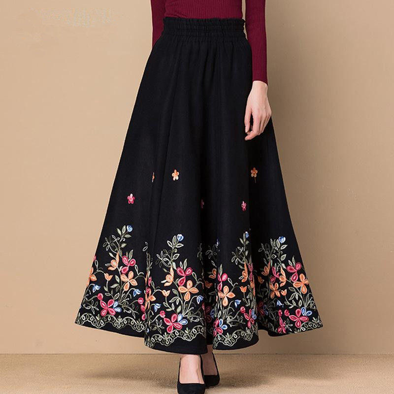 Black Fllower Embroidered Woolen Maxi Skirt Women Elegant High Waist Casual Skirts Mom Fashion Plus Size Skirt Office Lady Wear