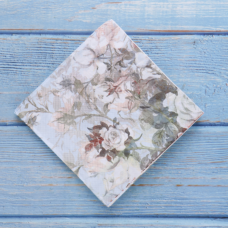 1Bag/20pcs Fashion Tableware Tissue  Printed Feature Rose Paper Napkins Wholesale