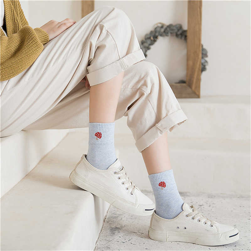 かわいいフルーツ野菜パターン化された靴下ソフト女性の靴下 apple イチゴスイカ桃バナナ松 apple Sokken