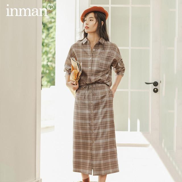 INMAN зимняя однотонная однобортная трапециевидная юбка в стиле ретро
