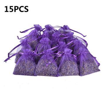 15 sztuk naturalne lawenda Bud suchy kwiat saszetka pokój samochodowy aromatyczne powietrze odświeżyć środek pochłaniający wilgoć domu saszetki zapachowe ćma i pleśni tanie i dobre opinie Lavender Sachet Farbric Kwiaty Pure lavender dried flowers About 7*9CM bag 8g About 150g