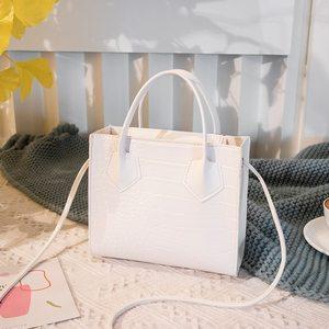 Fashion Trend Women Crocodile Pattern Crossbody Handbags Vintage Classic Solid Style Shoulder Bag Stylish Tote for Ladies