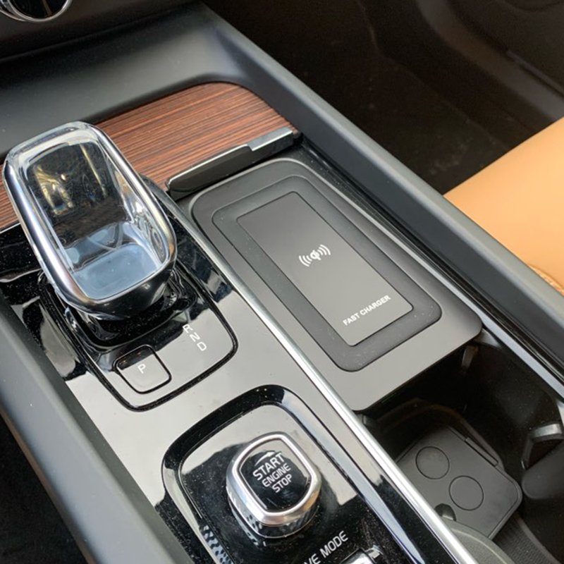 For Volvo XC90 S90 V90 XC60 V60 C60 2018 2019 2020 Car QI Wireless Charging Phone Charger Charging Plate Accessories For IPhone