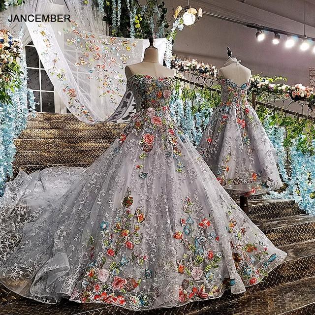LS00147 długa suknia 2020 lace up powrót aplikacje szary matka córka suknie z odpinanym cape vestido longo de festa