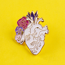Anatomical Heart Enamel Pins Medical Anatomy Brooch Hand Heart Neurology Pins for Doctor and Nurse Lapel Pin Shirt Badges Gifts sitaicery white cartoon smile teeth enamel brooches pin for nurse dentist hospital lapel pin hat bag pins shirt women brooch