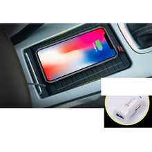 Lsrtw2017 Car Interior USB Wireless Charger for Geely Boyue Atlas 2016 2017 2018 2019 2020 Interior Mouldings Accessories