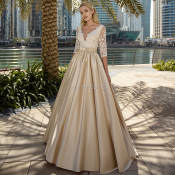 Champagne A Line Wedding Dresses Lace Appliques Illusion Back Elegant Bridal Gown Half Sleeves Vestidos de Noivas Custom