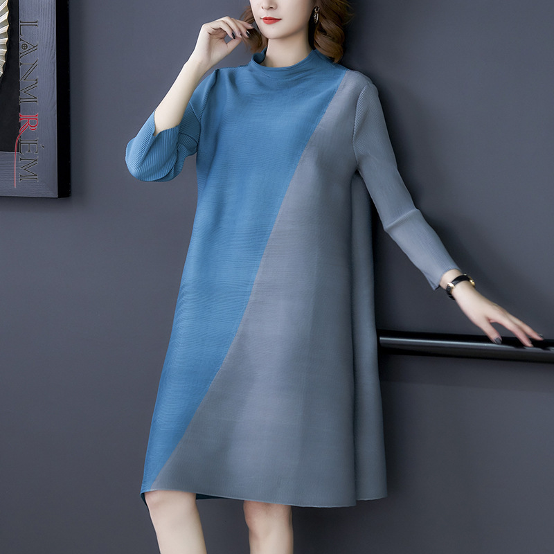 LANMREM 2020 New Spring Stand Collar Hit Color Splice Mid-length Dress Women Vintage Loose Casual  A-line Pleated Dress PD753
