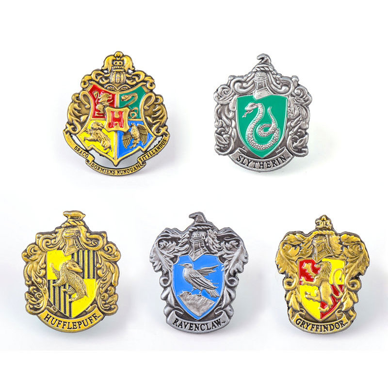 1pcs Hogwarts School Badge Harri  Pins Brooch Gryffindor Ravenclaw Slytherin Hufflepuff Brooches Chestpin Cosplay Props