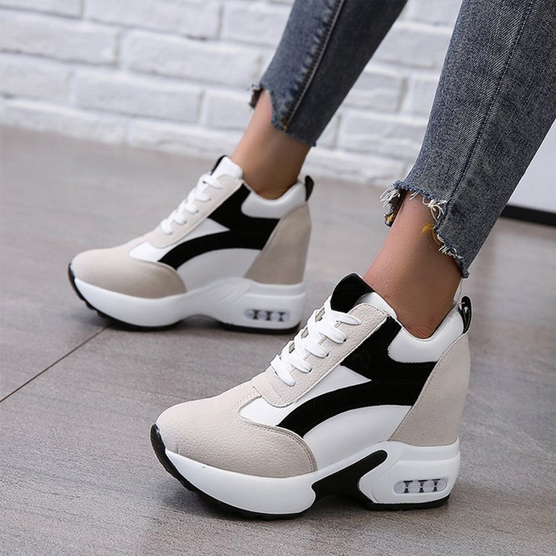 Women Platform Vulcanized Shoes Ladies Lace Up Casual Light Suede Shoes Woman Fashion Sneakers Female Ankle Heel Footwear 2020 1