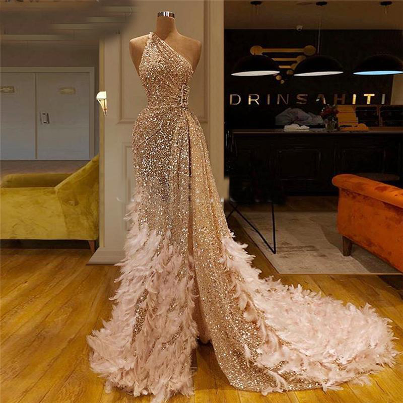 Gold Sequins Prom Dresses A Line Side Split With Feather One Shoulder Sexy Evening Gowns Shinning Formal Party Dress